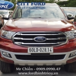Giao xe Ford Everest Titanium - Anh Huynh (De Heus)